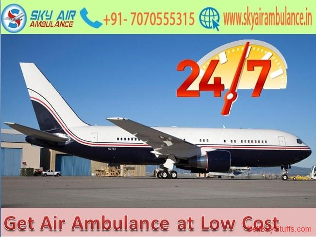 second hand/new: Use Air Ambulance in Mumbai with Overall Medical Service