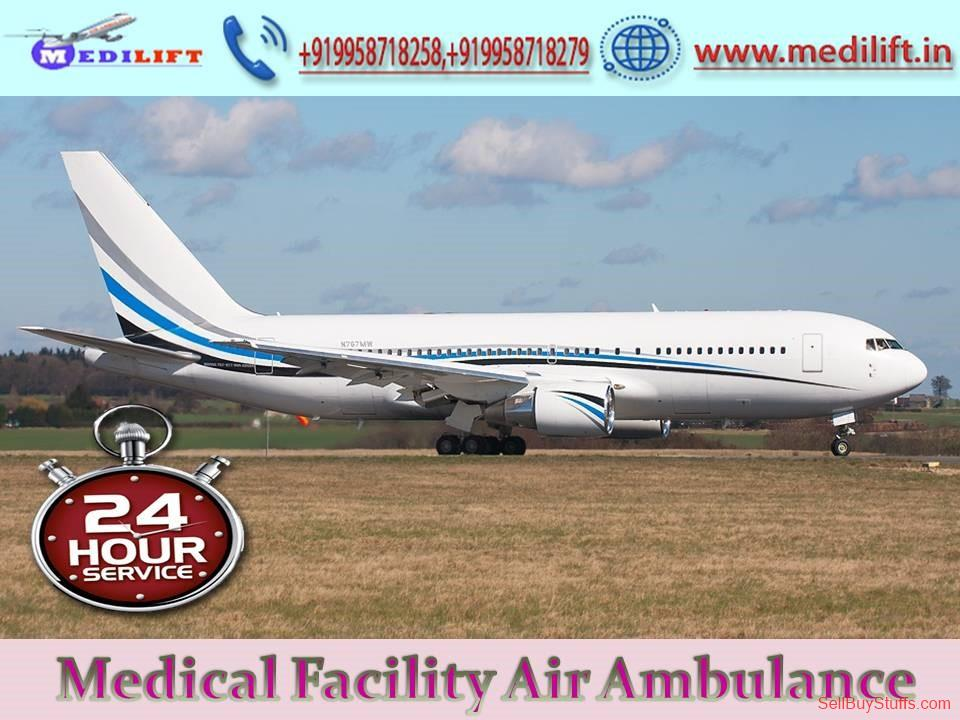 second hand/new: Hire Prominent Air Ambulance Services in Lucknow with Doctor