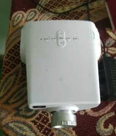 second hand/new: Projector in working condition